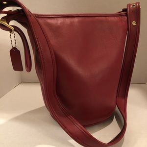 Authentic Classic Coach Helens Legacy Bucket Bag